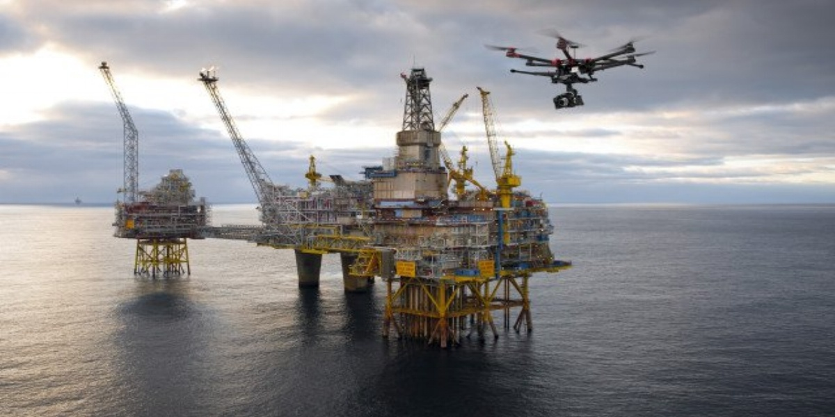 drone-oil-and-gas-075186-edited